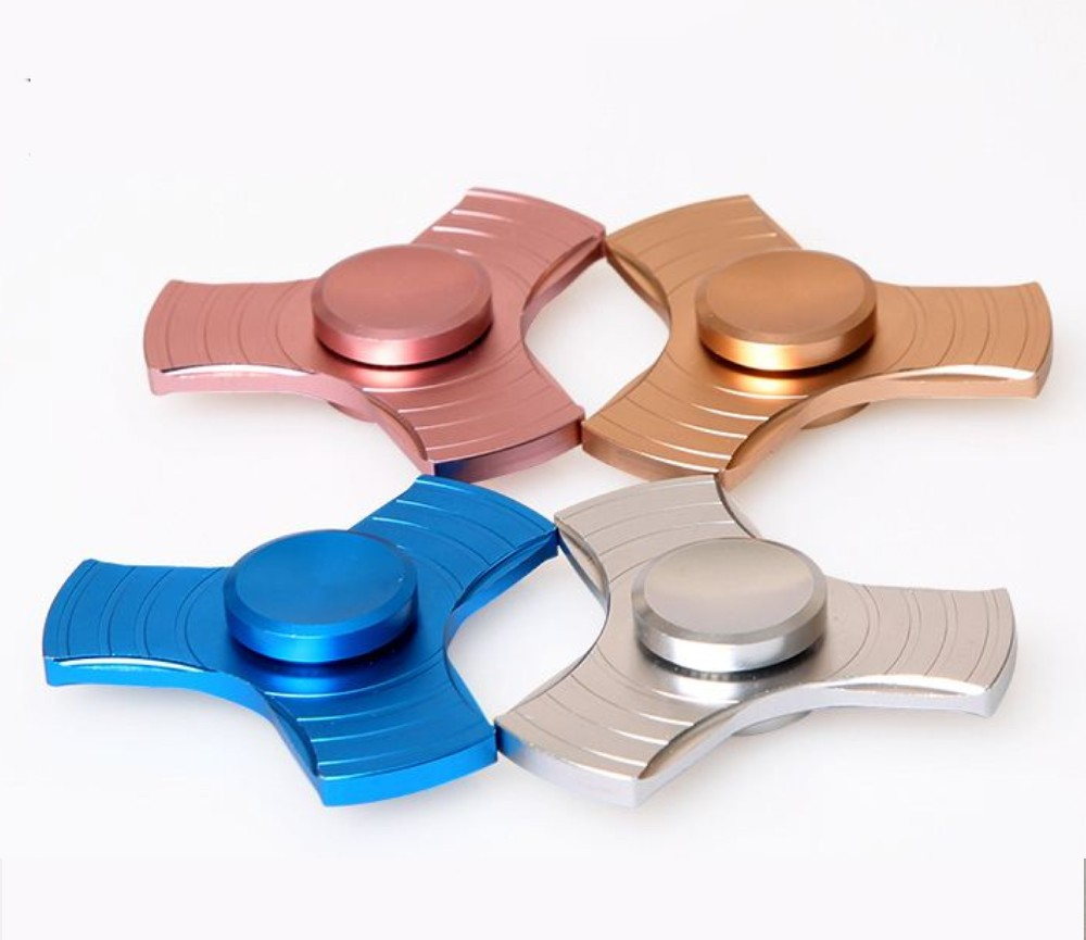 3 Leaf Metal Zinc Alloy Fidget Hand Spinner with Case HS02