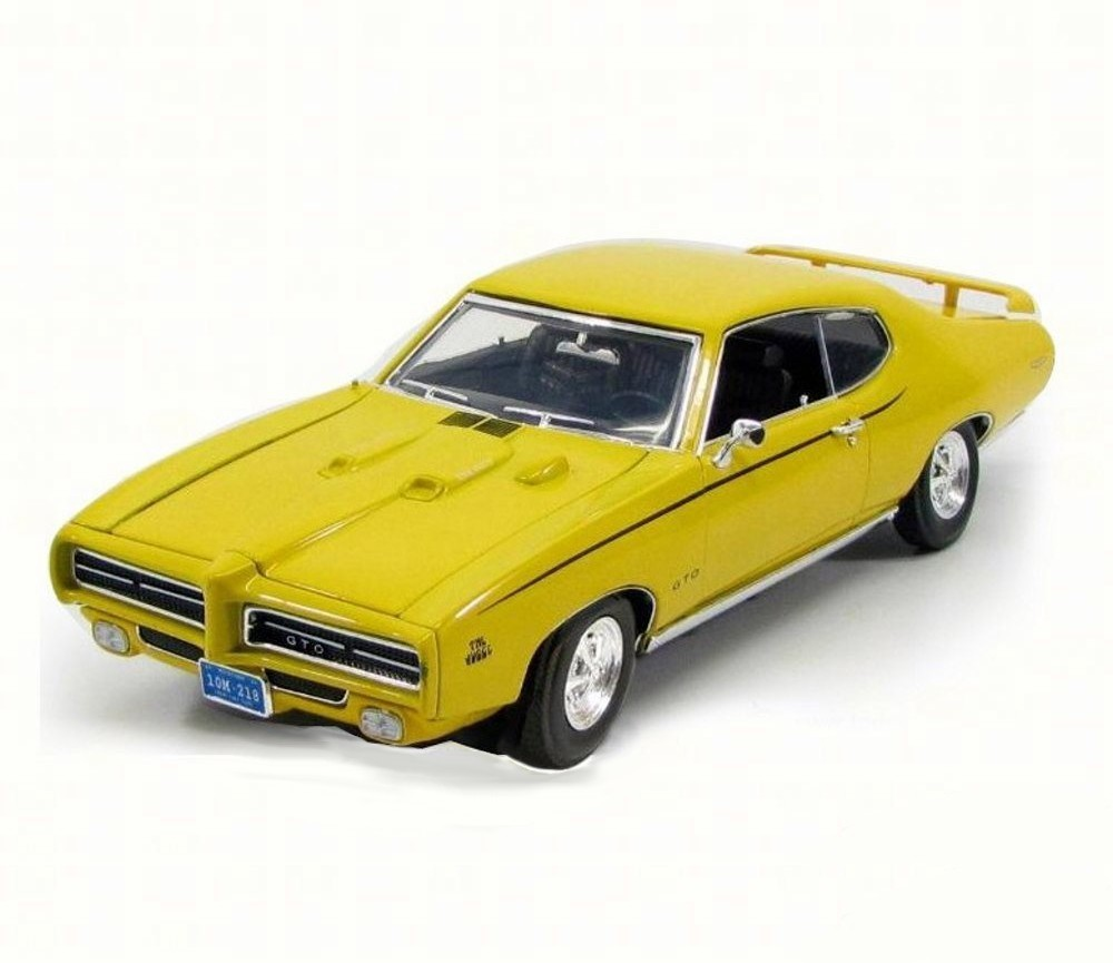 1:18 1969 Pontiac GTO Judge (Yellow) MM73133YL