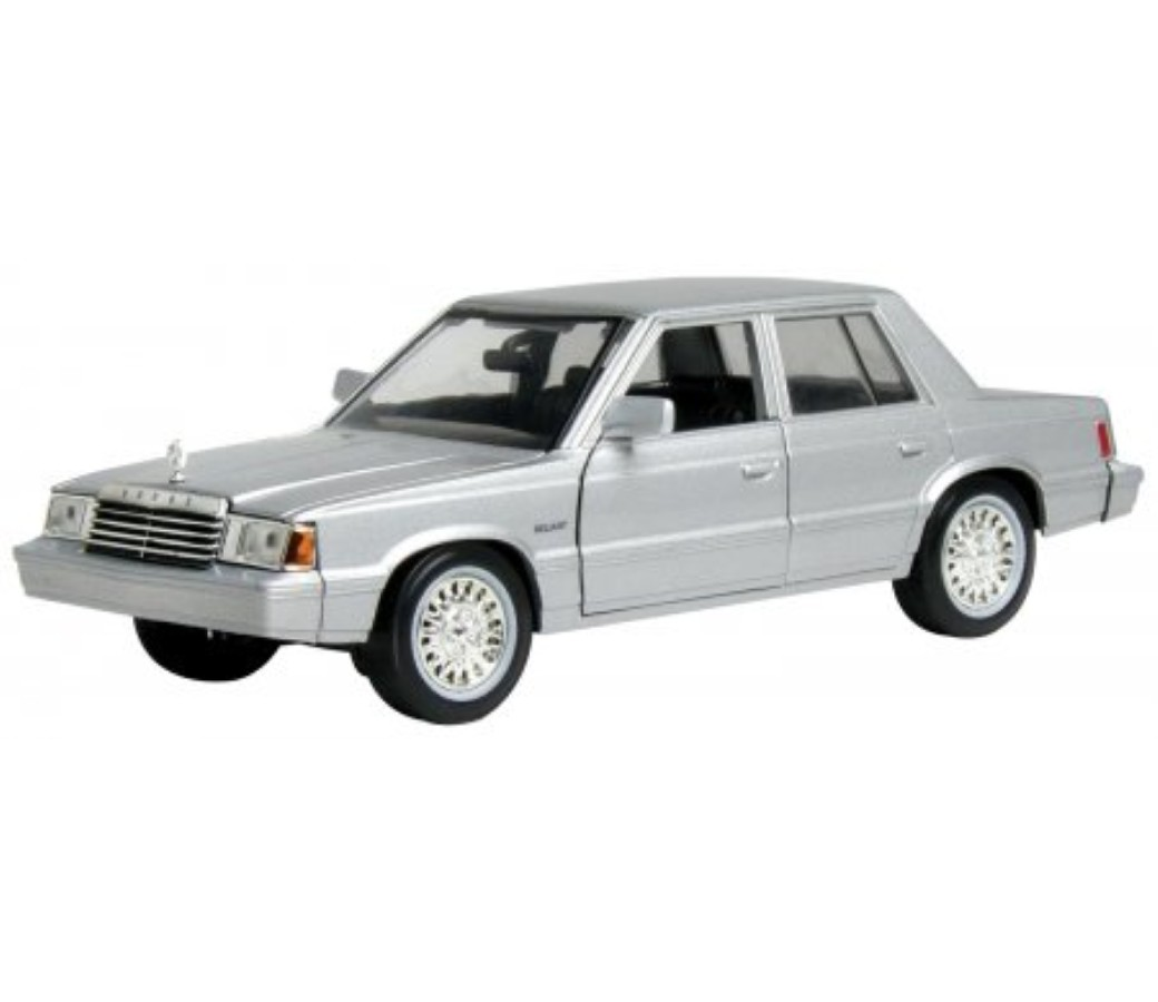 Plymouth Reliant 1983 - 1:24 (Silver) MM73336SL