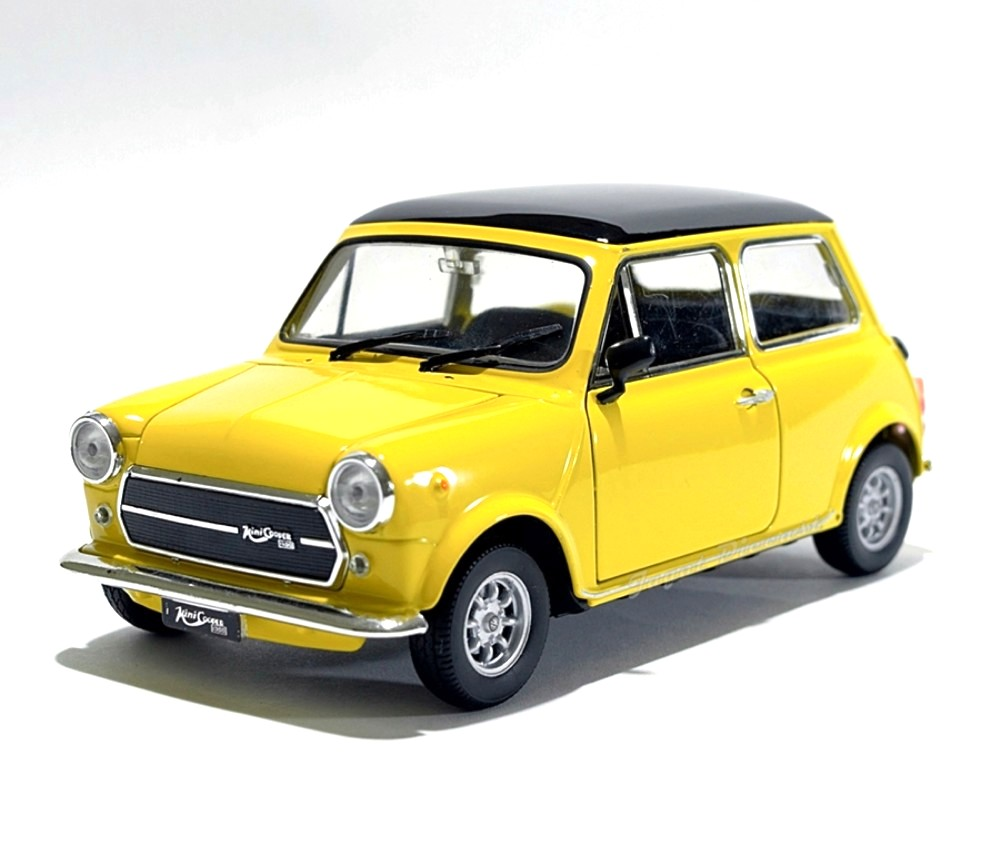 1:24 Mini Cooper 1300 (Yellow) WL22496W